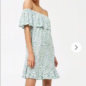 Dresses & Skirts - Green floral off the shoulder dress!